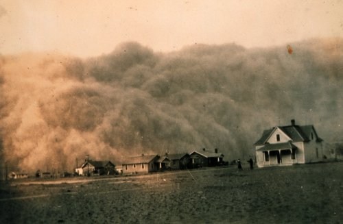 from weru dot ksu dot edu photo of dust bowl