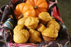 pumpkin muffins from cookingwithmykid dot com