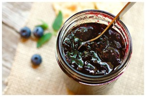 blueberry mint jam from afarmgirlsdabbles dot com