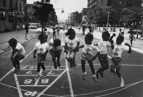 children playing in harlem from kweeper dot com