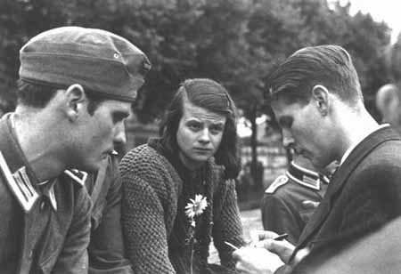 hans-and-sophie-scholl