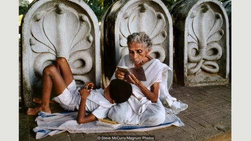 steve-mccurry2-on-reading