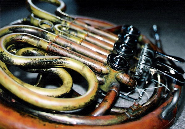 french_horn_by_dueloftheflutes